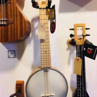 Banjo ukulele